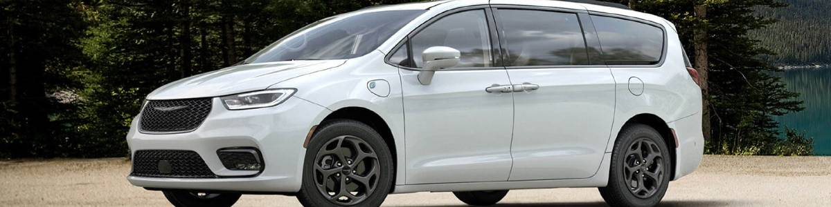 2021 Chrysler Pacifica Hybrid White